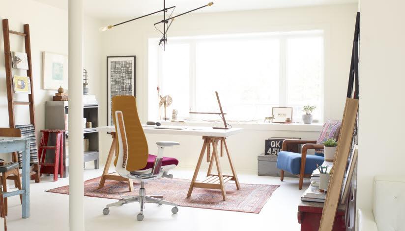Haworth vyrába nábytok do kancelárie, kde je radosť pracovať.